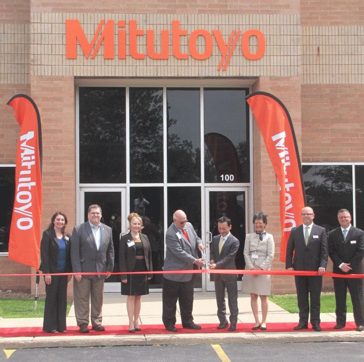 mitutoyo-ribbon-cutting_716x712.jpg