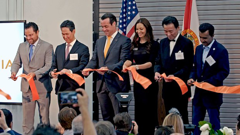 Sintavia ribbon cutting2.jpg